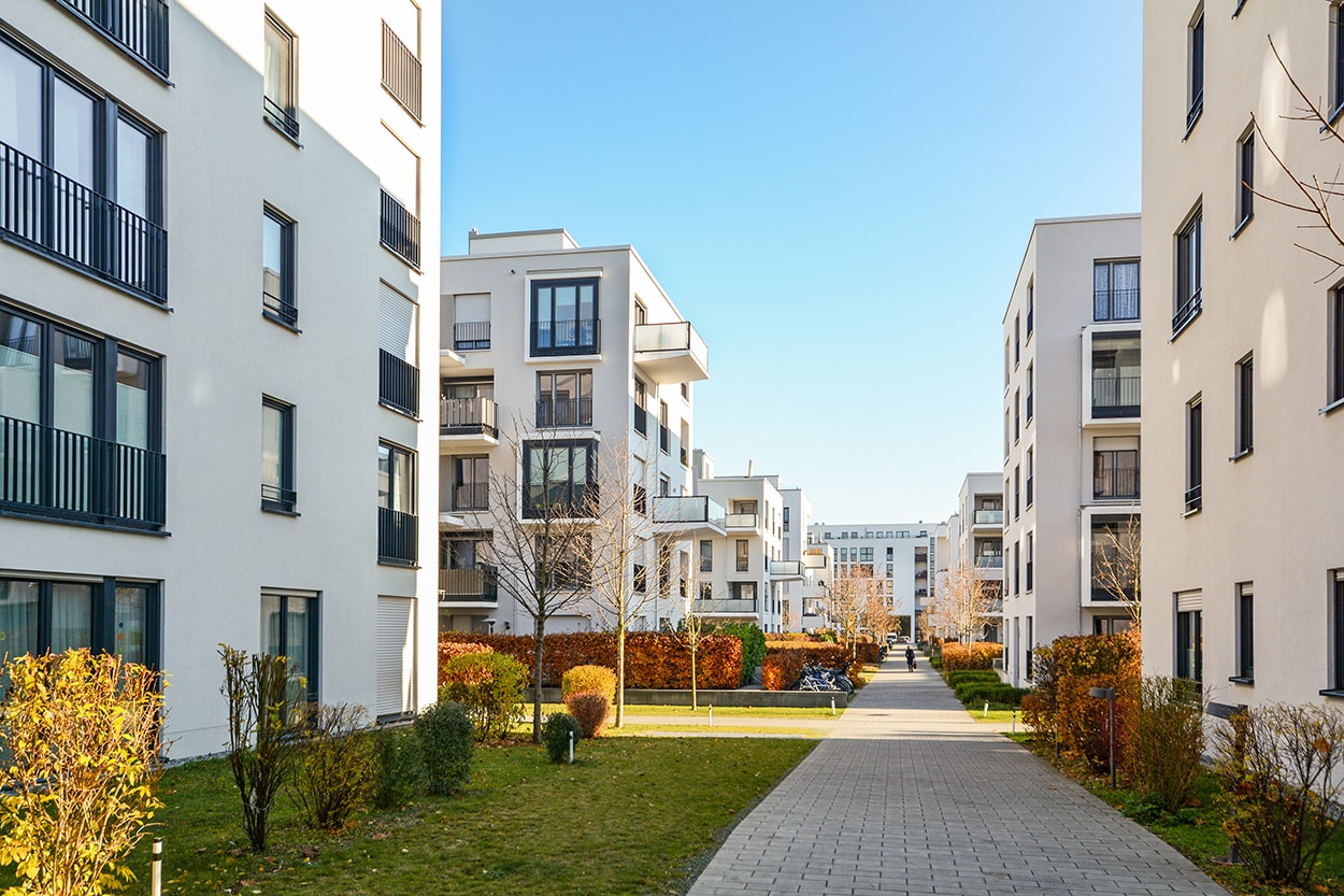 CCPHVAC - Modern apartment buildings in a green residential area in the ci